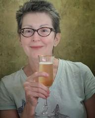 Cheers... #portrait #portraitphotography #olympus #em10markii #voightlander #nokton #40mm #champagne #schramsberg (vrot01) Tags: em10markii voightlander olympus portrait nokton champagne portraitphotography schramsberg 40mm