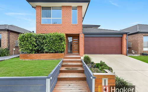 9 Burford Way, Cranbourne North VIC 3977