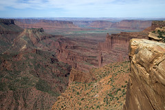 Fisher Towers from Top of the World (Jeff Mitton) Tags: landscape fishertowers coloradoriver tower spire butte sanrafaelswell henrymountains sandstone mountains utah coloradoplateau redrockcountry earthnaturelife wondersofnature