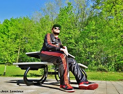 Adidas Chile 62 Tracksuit (JeanLemieux91) Tags: adidas chile 62 tracksuit dc casquette cap gorra red rojo rouge black noir preto negro rayban aviateur aviator nike dunk high sneakers chaussures shoes souliers zapatos polyester shiny lisse brillant reluciente shine parc parque park printemps spring primavera may mayo mai montréal québec canada pierrefonds roxboro—pierrefonds aragon