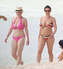 FFN_IMAGE_51132151|FFN_SET_60065752 (antoniusbudyono11) Tags: kellybrook bikini beach ocean sunglasses cancun mexico