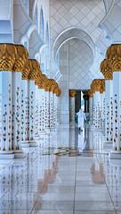 On his way (Siebring Photo Art) Tags: abudhabi sheikhzayedmosque uae mirrorimage verenigdearabischeemiraten ae