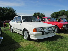 Ford Escort RS Turbo B494CUH (Andrew 2.8i) Tags: classicsatscolton scoltonmanor haverfordwest pembrokeshire car cars classic classics show mark 3 iii mk mk3 sports hot hatch hatchback s1 1 series turbo rs rst escort ford