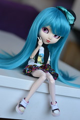 Blue haired girl (-gigina-) Tags: doll pullip sakura nikon d3100 kirsche rewigged obitsu blue 50mm