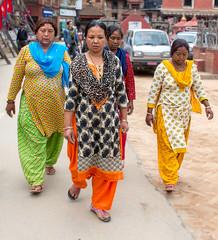 Colourful ladies (SamKirk9) Tags: nepal kathmandu bhaktapur
