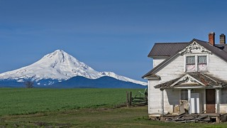 Farmhouse Mt Hood 7530 A