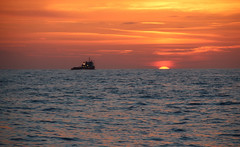 North Sea Sunset (Andy.Gocher) Tags: andygocher canon100d canon100dsigma18250 uk waters northsea ship theladyofavenel eastcoast horizon sea seascape