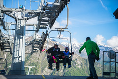Prali 02.06.2018-17 ( YariGhidone ) Tags: rosso sci ski freeride prali chairlift lift sky blue mountains sport action