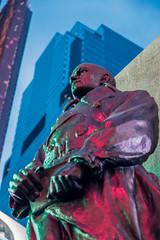 My general... (mic00l) Tags: 24105mm newyork nuit printemps timessquare f40 canon eos 6d candid street shot night spring étatsunis us