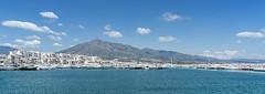 Marbella - Puerto Banús (Ventura Carmona) Tags: españa spain spanien andalucía málaga marbella puertobanús puerto yachthafen venturacarmona