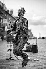 Rockin in Scotland (michael.mu) Tags: leica nordicvisitor scotland m240 50mm leicaaposummicronm50mmf2 streetphotography musician busking spinningblowfish edinburgh