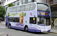 SL14DFG First Sheffield 33861 (martin 65) Tags: e200 e400 enviro enviro400 wrightbus gemini road transport yorkshire public sheffield southyorkshire group vehicle volvo bus buses mmc