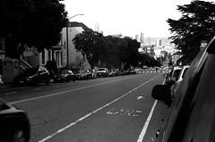 Alamo Square / Fulton St - San Francisco, Californie (Ludovic Macioszczyk Photography) Tags: alamo square fulton st san francisco californie nikon fm 135 kodak tmax 400 iso mai 2018 étatsunis © ludovic macioszczyk usa film argentique lumière 35mm noir et blanc monochrome california voyage vacances grain bay area city street sf amérique district photography analog ville life