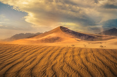 Sandstorm at Ibex 4 (sberkley123) Tags: d850 2470mm desert sanddunes usa colors tamron landscapes sunset deathvalley nikon