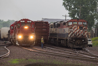 BCOL 4620 and MNNR 75 New Brighton MN