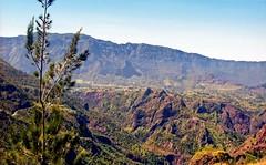 France, l'île de la Réunion,  à l'intérieur du cirque de Slaos (Roger-11-Narbonne) Tags: réunion île mer lave volcan