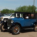1925 Hupmobile Three Door Sedan thumbnail