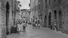 The Via San Giovani at San Gimignano (Steve Barowik) Tags: san gimignano italy italia tuscany toscana nikond750 fx fullframe barowik stevebarowik sbofls26 holiday vacanza chianti vacation unlimitedphotos wonderfulworld quantumentanglement lovelycity 50mmf14g nikkor prime viasangiovanni