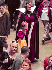 Looking Wcked (Steve Taylor (Photography)) Tags: wickedwitch queen cape people nz newzealand southisland canterbury christchurch addington armageddon costume crown horncastlearena outfit gown bow