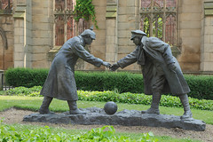 0275 © Kevin A Urquhart Photography (ElitePhotobox2) Tags: truce by andy edwards in december 2014 we were lucky enough host premier showing this wonderful statue created it shows moment when british german soldiers called temporary during first world war memorial garden st lukes church