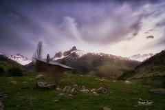 Atardecer de montaña (Sunset mountain) (ric.gayan) Tags: