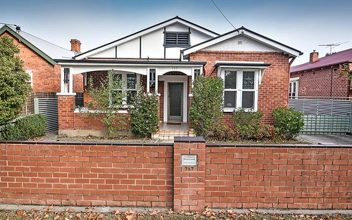 717 Young St, Albury NSW 2640