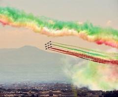 2 giugno (ioriogiovanni10) Tags: tricolore italia capitale nikon coolpix aereo aeronauticamilitare freccetricolori 2giugno fotografo roma città city rome