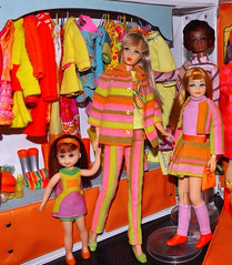 SEARS SISTER (ModBarbieLover) Tags: sears exclusive trail blazers doll mattel mod barbie skipper tnt chris orange pink green closet christie stripes yellow 1968 1979