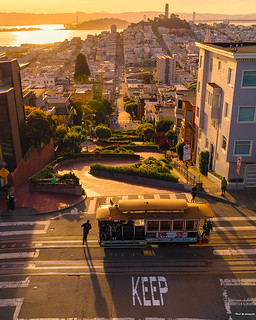 Cable Car & Lombard Street - San Francisco