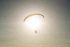 Parapendio al tramonto (marcopanfili) Tags: glider controluce sole fly volare parapendio monte silhouette tramonto sunset