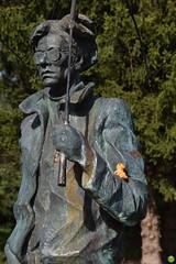 Andy & Ducky (petrOlly) Tags: europe europa slovakia slovensko slowakei słowacja sk2018 museum ducky crochet planetjune amigurumi handmade statue monument art andywarhol medzilaborce