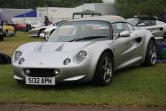 S132 APH 1998 Lotus Elise Series 1 (Stu.G) Tags: s132 aph 1998 lotus elise series 1 s132aph1998lotuseliseseries1 s132aph 1998lotuseliseseries1 lotuseliseseries1 lotuselise eliseseries1 canoneos40d canon eos 40d canonefs1785mmf456isusm efs 1785mm f456 is usm england uk unitedkingdom united kingdom britain greatbritain d europe eosdeurope 26may18 26thmay2018 26th may 2018 may2018 26thmay 26518 260518 2652018 26052018 clublotustrackdaycastlecombe club trackday castle combe castlecombe lotuscar clublotus lotuscastlecombe lotustrackday wiltshire