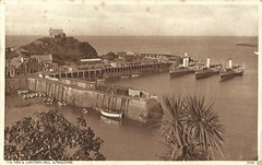 Paddle Steamers at Ilfracombe. (waddavies) Tags: ilfracombe devon paddlesteamer whitefunnel pacampbell lanternhill harbour