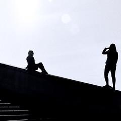 10210518 (photo & life) Tags: paris france trocadéro rue street streetphotography blackandwhite noiretblanc jfl photography photolife™ women beauty eiffeltower canona1 film 35mm 135 argentique squareformat squarephotography