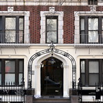 Neo-Gothic entrance with a wrought iron entry arch, Gramercy Court (1907), 142-156 East 22nd Street, Manhattan thumbnail