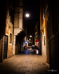 Venice at night (Michał Banach) Tags: canonef1635mmf4lisusm canoneos5dmarkiv italy venice wenecja architecture building buildings longexposure night trip venezia veneto it