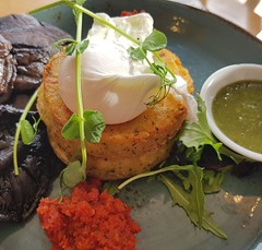 Breakfast time (Derryn_NZ) Tags: breakfastfood breakfast eggs pesto basilpesto aucklandeats vegetarian mushrooms