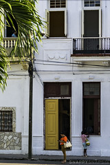 Casablanca, Havana (Snappy_Snaps) Tags: cuba havana caribbean architecture architeturalphotography home apartment street central callecentral casablanca