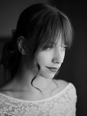 626 (Daniel Hammelstein) Tags: portrait portraitfotografie lumix lumixg9 g9 mft microfourthirds systemkamera nocticron availablelight beauty sensual melancholic bonn