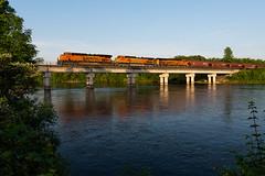 BNSF 8059 Little Falls (shawn_christie1970) Tags: littlefalls minnesota unitedstates us bnsf8059 bnsf4324 bnsf8345 ge es44c4 c449w train gain railroad bnsf staplessub evening spring