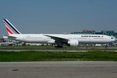 F-GSQR (Air France) (Steelhead 2010) Tags: airfrance boeing b777 b777300er yyz freg fgsqr