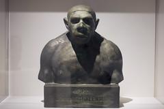 Paris No 12 (• CHRISTIAN •) Tags: paris france musée homme archéologie préhistoire néanderthal sculpture buste bronze 50mm f14