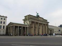 Brandenburger Tor, Berlin (Stewie1980) Tags: berlin mitte deutschland germany allemagne ebertstrase brandenburger tor gate west