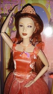 2006 Barbie in the 12 Dancing Princesses Princess Edeline Doll (Fair Version) (4)