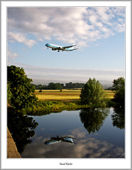 EI-DOF Fly Globespan Boeing 767 (flatfoot471) Tags: 2007 aircraft airline airport b767 boeing civilian flyglobespan glasgowairport july normal renfrew renfrewshire scotland summer unitedkingdom whitecartwater gbr