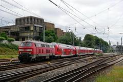 P1600122 (Lumixfan68) Tags: eisenbahn züge loks baureihe 218 sandwich doppelstockzüge dieselloks deutsche bahn db regio