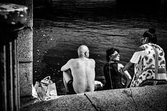 Dub summer 4 (Kieron Ellis) Tags: man women liffey river steps sunny sunbathing sunglasses bag water street candid blackandwhite blackwhite monochrome