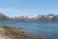 Watercolour! (Aniemar) Tags: mountains schnee snow blue blau strand steine rocks canon norge norway norwegen canoneos1100d ƒ56 270mm 1640 iso100