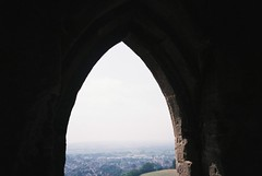 Glastonbury Tor (knautia) Tags: glastonburytor glastonbury bankholidaymonday somerset england uk may 2018 film ishootfilm olympus xa2 fuji superia 400iso olympusxa2 nxa2roll21 bankholiday nationaltrust