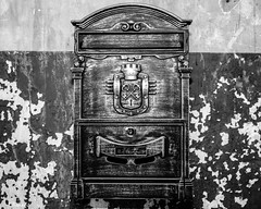 Antique Mailbox In Black & White (that_damn_duck) Tags: nikon blackwhite monochrome mailbox letterbox antique bw blackandwhite